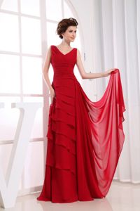 Ruffled Layers Red V-neck Quince Dama Dresses Floor-length