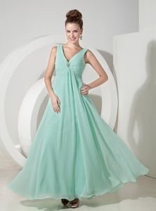 Empire V-neck Mint Color Prom Dresses For Dama with Beading