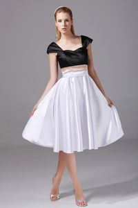 Cap Sleeves Satin Knee-length White and Black Quince Dama Gown