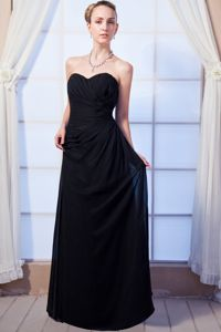 Cheap Sweetheart Ruching Black Chiffon Long Quince Dama Dress