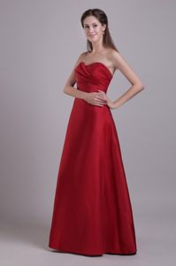 Sweetheart Ruched Wine Red Floor-length Taffeta Dress for Damas