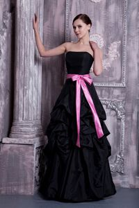 Pick Ups Strapless Puffy Taffeta Back Dama Dresses with Pink Sash