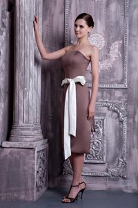 Elegant Strapless White Sash Brown Satin Damas Dresses for Quince