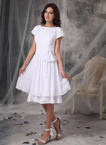 Short Sleeves Bateau Neck Bowknot Layers Chiffon Dama Gowns