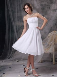 White Ruched Strapless Zipper Up Back Chiffon Short Dama Dress