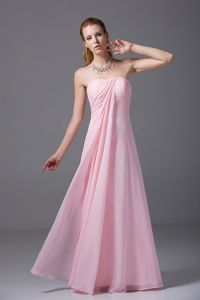 Floor-length Strapless Ruched Pink Chiffon Zipper Up Dama Dresses