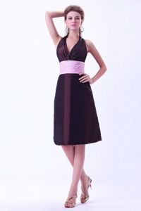 Halter Pink Belt Brown Taffeta Short Dama Dresses for Quinceanera