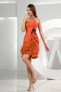 Ruching and Pick-ups Orange Red Short Damas Dresses for Quince
