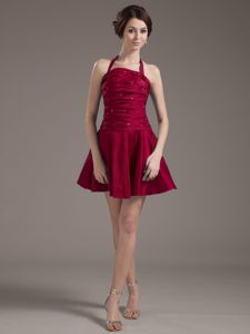 Halter Wine Red Dama Dresses for Quinceanera with Beading and Ruching