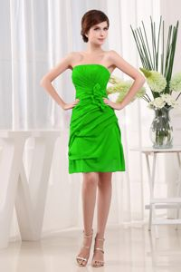 Green Ruche Dama Dress for Quinceaneras with Hand Made Flowers